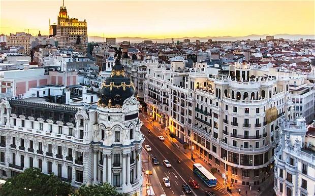 Ryanair skraidins į Madridą